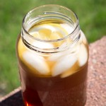 Iced tea in a mason jar